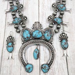 Natural Stone Naja Squash Blossom Necklace Set